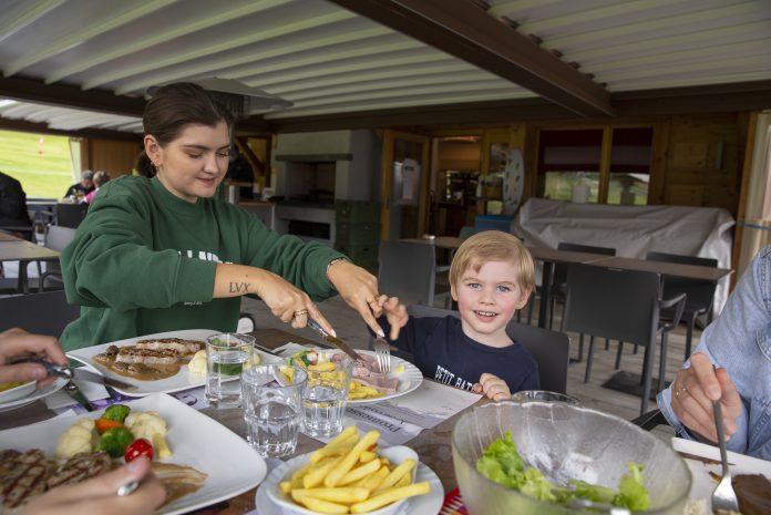 verbier, restaurant, verbier restaurant, les moulins verbier, switzerland, suisse, verbier infinite playground pass, elvira legrand